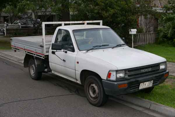 33 used Toyota Hilux for sale in Dubai, UAE - Dubicars com