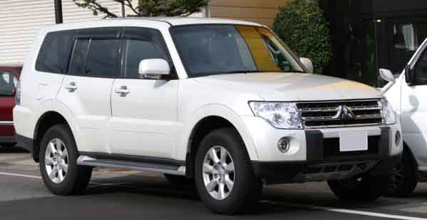 37 Used Mitsubishi Pajero For Sale In Dubai Uae Dubicars Com