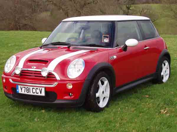 17 used mini cooper for sale in dubai uae. Black Bedroom Furniture Sets. Home Design Ideas